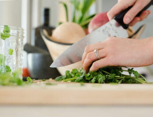 6 ιδέες για πιο υγιεινές πρακτικές στο μαγείρεμα